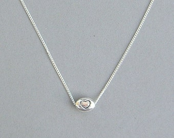 Oval Heart Bead Necklace