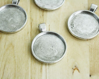 2 Silver Plated Round Settings Pendant 25mm Top Loop [SET10031]