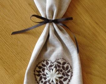 Edelweiss Heart Gift Bag