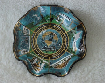Vintage  1964-65 New York Worlds Fair Candy Snack Food Dish NEW