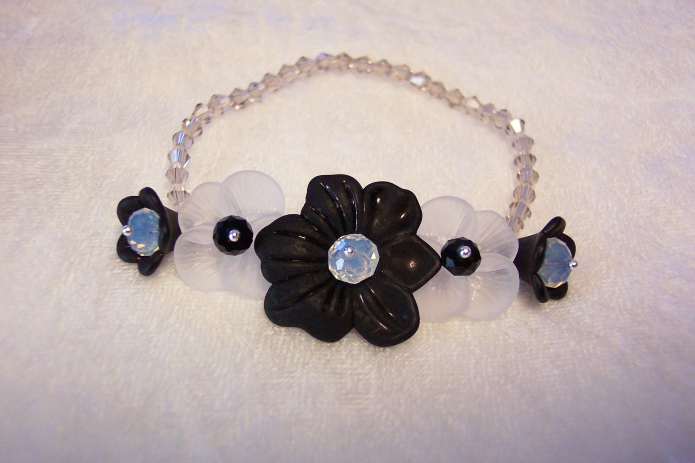 black and white wrist corsage bracelet free us shipping