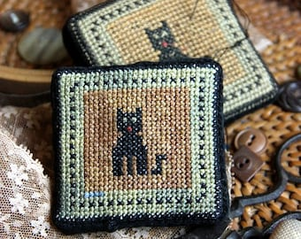Le Meow (a Faithfully Reproduced Antique Pincushion) Cross Stitch Pattern by Heartstring Samplery