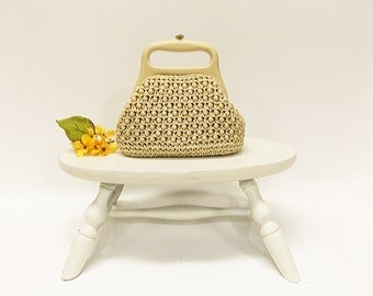 """Vintage 1960's Woven Raffia and Bead Clutch Purse-- Molded Plastic Handles-- Made by """"Gaymode"""""""