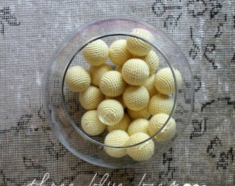 Big Light Yellow Vase Filler Balls 6 Pcs (Without Holes)