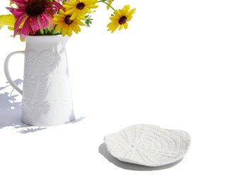White Ceramic Ring or Soap Dish