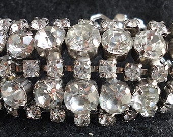 Gorgeous Antique Sparkled Rhinestones Bracelet.C 1950's