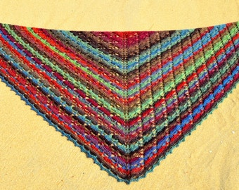 Crochet pattern : triangles in staccato shawl