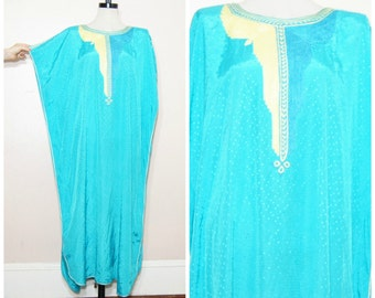 70s Caftan Kimono Large Hippie Boho Embroidered Maxi Dress Hostess Coat