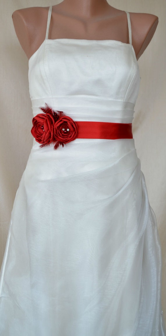 Express shipping Handcraft Hot Red Two Flowers With Feathers Wedding Bridal Sash Belt