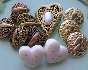 Vintage Buttons Mixed Lot Hearts Metalized Plastic some Matched Set Lot 11