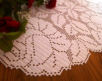 Beautiful Crochet White Rose Garden Oval table tupper.