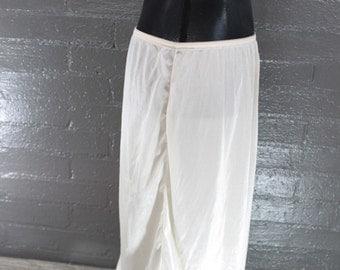 SALE Vintage Slip Creamslip with White lace trim