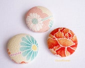 3 Large buttons fabric Japanese flowers button Round button Pastel pink orange tangerine 28 mm Size 45 (11/8 inches)