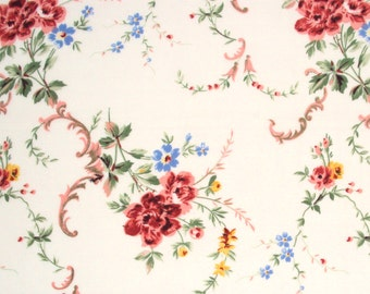 cotton fabric by the yard - vintage style floral print - 1 Yard ctnp205