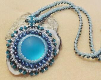 "PATTERN ""O"" Luna Soft Cabochon Bead Embroidery Pendant"
