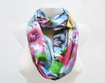 Flower Print Scarf, infinity, Loop  Scarves, Circle Necklace,Fabric Cotton, Floral  Accessories, Colorful Shawl, Neckwarmer, White Pink Blue