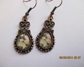 Antique Gold Paisley Design Earrings