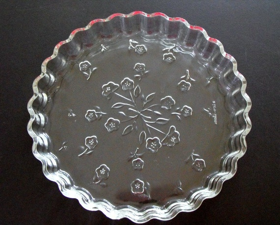 Vintage Anchor Hocking 10 Inch Clear Embossed Pie Plate