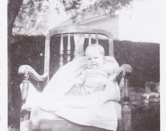 Vintage Photo - Baby in a Chair -Vintage Photograph, Vernacular, Found Photo  (1C)
