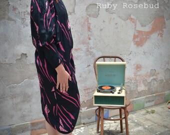 Vintage Purple Slouchy Geometric Abstract Print Dress