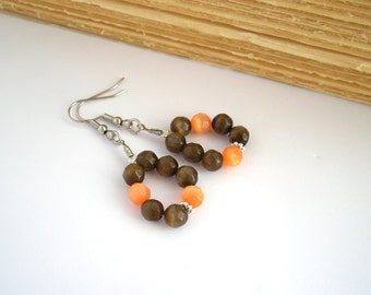 Brown orange earrings, oval earrings, beaded earrings, teardrop earrings, dainty earrings, minimalist jewelry, boho earring, earthy colors