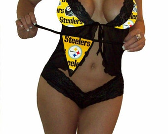NFL Lingerie Pittsburgh Steelers Sexy Cami Top and Lace Cheeky Booty Shorts Set Plus FREE Matching G-String Thong Panty