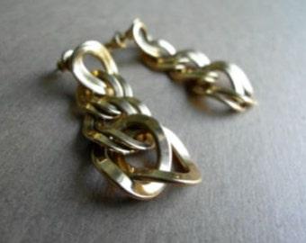 Monet Vintage 80's Earrings Gold Rollo Chain Pierced Dangle Earrings
