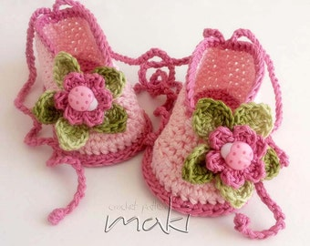 MIA baby booties crochet pattern -  Permission to sell finished items. PDF Pattern No. 115
