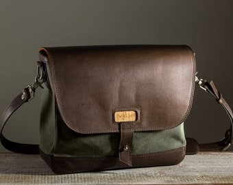 The Messenger Bag - Olive/Dark Chocolate