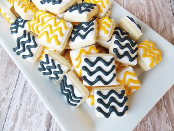 Mini Chevron cookies