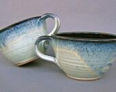 Set of 2 Deep Sides Chowder Bowls Soup Cereal Handles Black Green Speckles