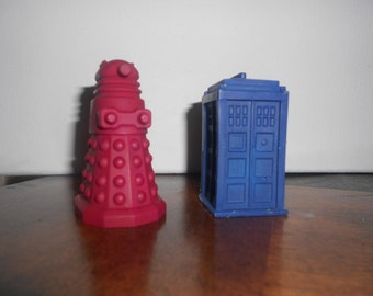 Dr. Who Inspired Crayons a Tardis and a Dalek