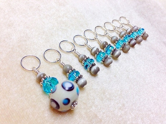Using Stitch Markers In Knitting : Knitting Stitch Markers Gift for Knitters Snag Free Blue