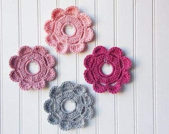 Decorative Crochet Mini Wreath Wall Hangings & Picture Frames  Home and College Dorm Decor Wedding - Shabby Chic Hues