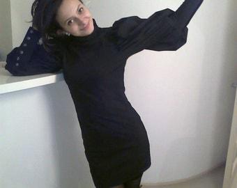 Elegant dark blue dress with puffed sleeves