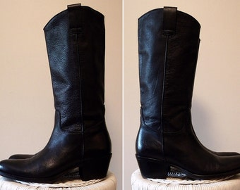 Ladies Quality Black Leather Boots Western Styling Size 9 - 10
