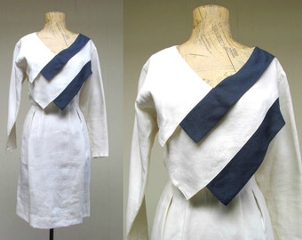 Vintage 1980s Dress / 80s Ferragamo Ivory and Navy Linen Avant Garde Dress / Small