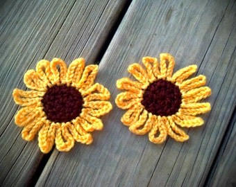 "24 HOUR SALE 2 Large Sunflowers 3.5"" Handmade Crochet Flower Appliques Sewing Bow"