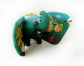 "Elephant ""Fruit elephant"" - needlefelted sculpture"