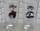 Natty Boh and Utz Girl pint glass set, natty boh glassware, baltimore gift, maryland wedding, wedding gift, bride and groom, maryland love