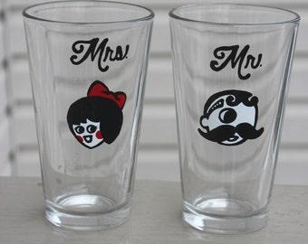 Natty Boh and Utz Girl pint glass set, natty boh glassware, baltimore gift, maryland wedding, wedding gift, bride and groom, maryland love