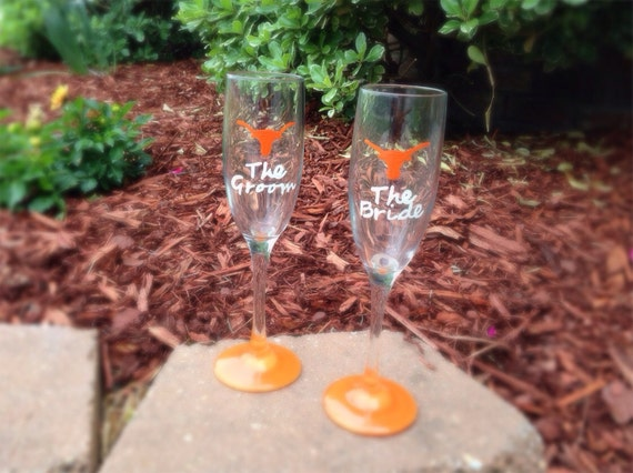 Custom Texas Longhorns Bride and Groom Champagne Flutes