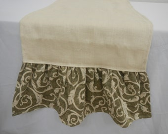 Table Runner, Oyster Burlap with Oyster Swirl and Green Ruffle, Extra Wide Runner, ONE of a Kind, ON SALE, Ready to Ship