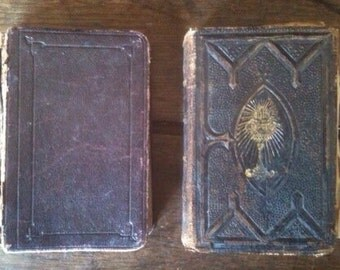 Antique French prayer religious books set of 2 circa 1913 / English Shop