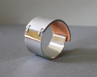 Silver Band Leather Bracelet(Silver)
