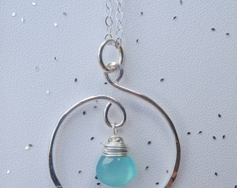 Silver Showcase Style Necklace with Chalcedony