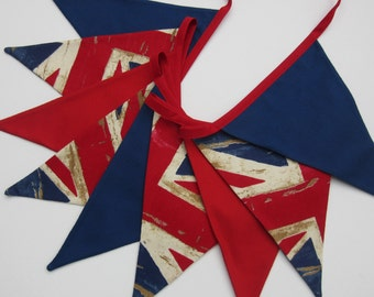 Union Jack Bunting, Union Jack Pennant Banner, Red White and Blue Fabric Bunting, British Flag Banner, 9 double sided flags, Vintage Style