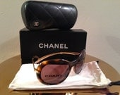 Vintage Chanel Sunglasses Tortoise and Gold Excellent condition AUTHENTIC