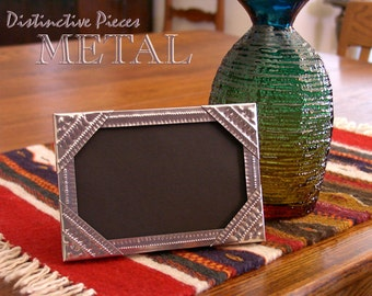 """Metal Picture Frame, Small Tramp Art - New Mexican Style Tinwork, 4 x 6"""" Hand Punched Frame, Southwestern Photo Frame, NM Folk Art, FM0406-Q"""