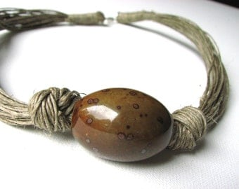 Ceramic NUT - linen necklace